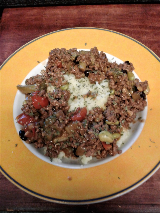 Ground Beef Stew with Mashed Potatoes