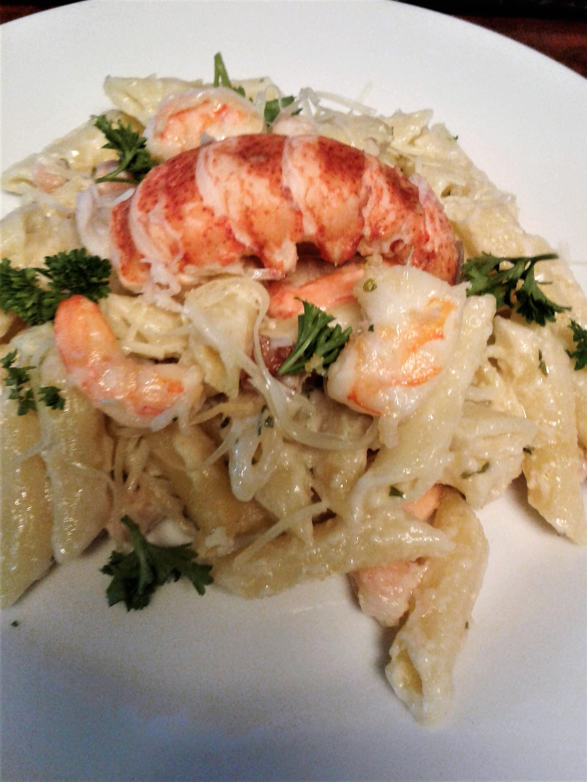 Shrimp Alfredo Pasta Bake | gardensandgrills